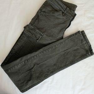 Bnwot Uniqlo skinny cargo pants